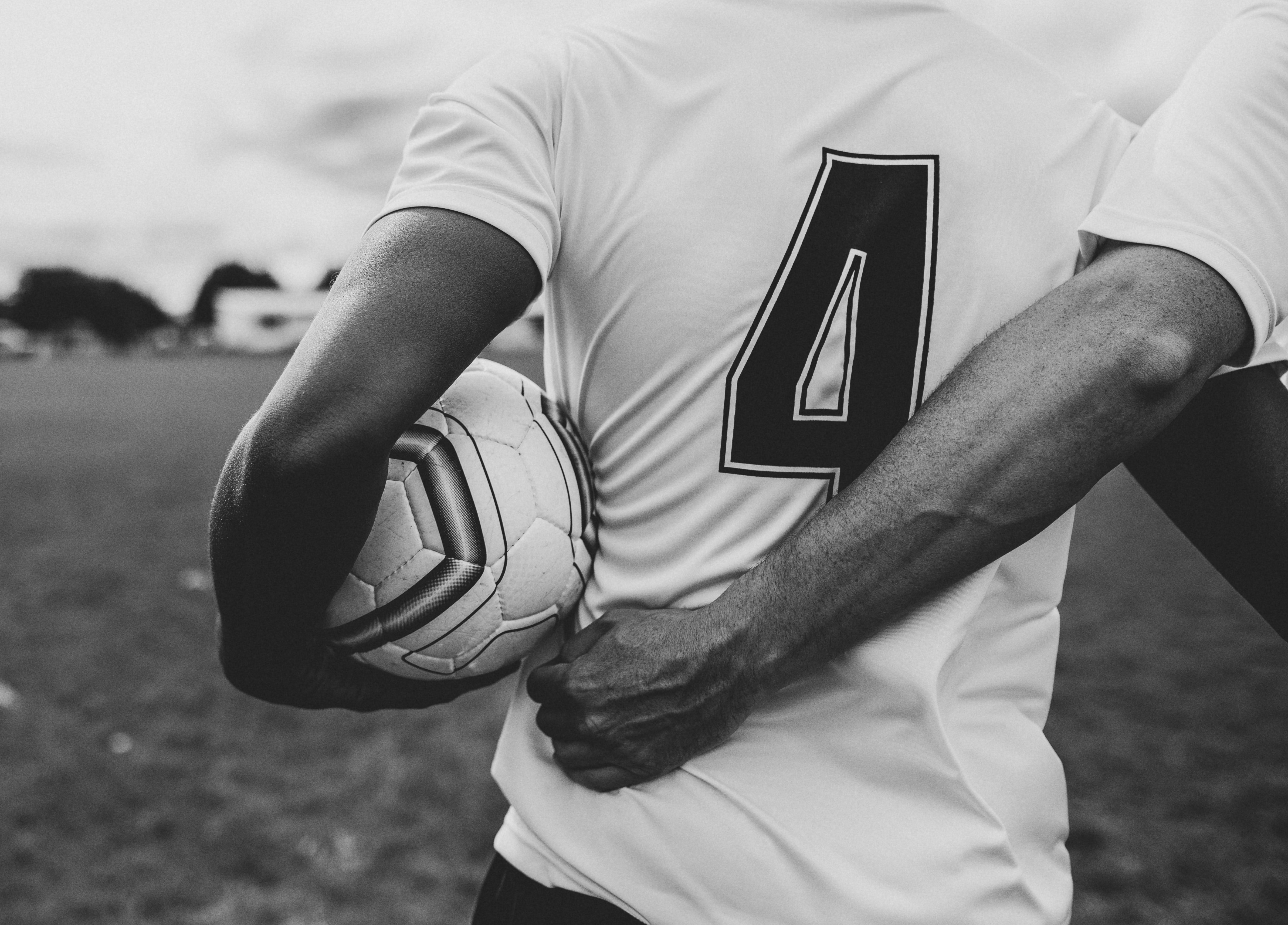 athletes-ball-black-and-white-1594932
